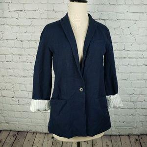 GAP navy blazer with pinstripe lining in sleeves